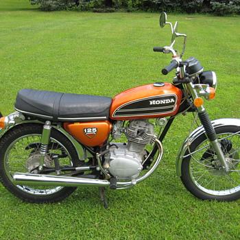 1974 Honda CB125 S1