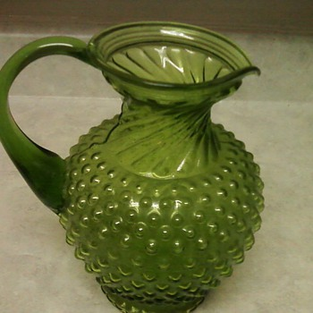 HOBNAIL  WATER PITCHER - Glassware