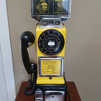 Automatic Electric Three Slot Coin Payphone 1960's - Telephones