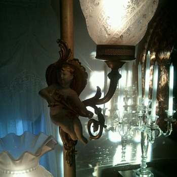 Tension pole lamp... very ornate.... brass and porcelian angels ....beautiful....... - Lamps