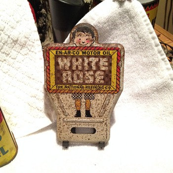 white rose license plate decoration