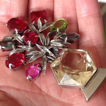 Bernard Instone Multi- Stone Giardinetto Brooch - Arts and Crafts