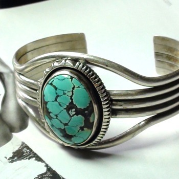 VEINED TURQUOISE NAVAJO W T JOHNSON?? LOOKS LIKE - Native American