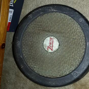 Zenith speaker