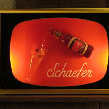 Schaefer beer sign that actually pours!