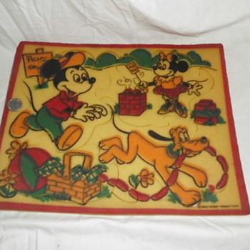 Sponge Disney Puzzle 1960s - Games
