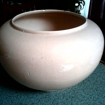 "Large 14"" Ceramic Jardiniere  / Sandalwood (Pink-Tan) Glaze / Unknown Maker and Age - Art Pottery"