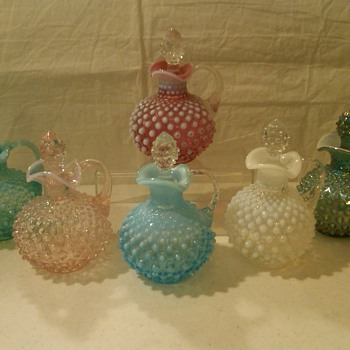 COLLECTION OF FENTON OIL/VINEGAR CRUETS 