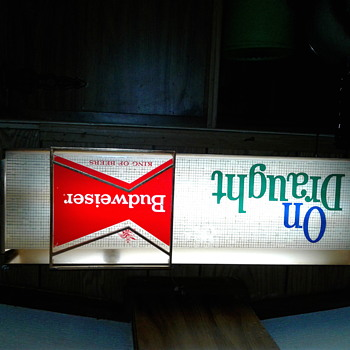 Budweiser lighted sign - Signs