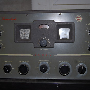 Hammarlund HQ-129X with Stormberg Carlson logo - Electronics