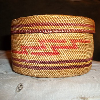 Native American Makah Basket - Native American