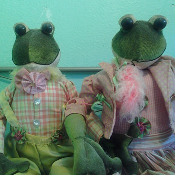 Mr and mrs frogs