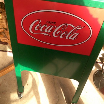 Is this a Glascock junior cooler that I have? What is this worth? - Coca-Cola