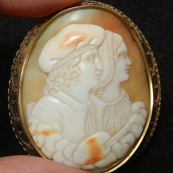 Huge Antique Cameo - 14k Gold &amp; Shell - Looks Really Old!
