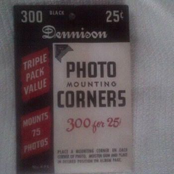 Vintage Photo Mounting Corners - Paper