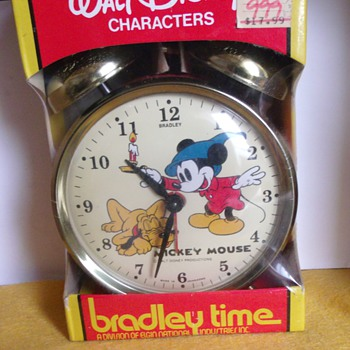 Mickey and Pluto (Brave Little Tailor) Dual Bell Alarm - Clocks