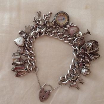 Silver charm bracelet - Fine Jewelry