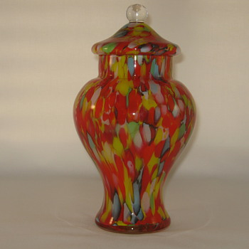 Czechoslovakia Glass lidded urn Ruckl Shimmy Decor 1930's  ....? - Art Glass