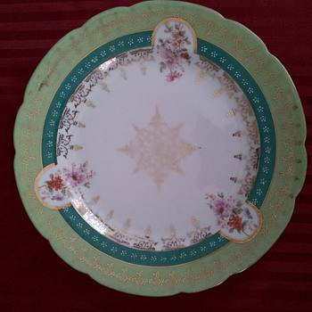 Dinnerware with real gold - China and Dinnerware