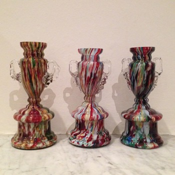 Three Welz spatter trophy vases - Art Glass