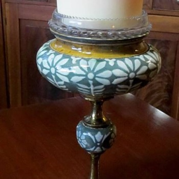 Doulton & Slaters/Lambeth fairy lamp stand