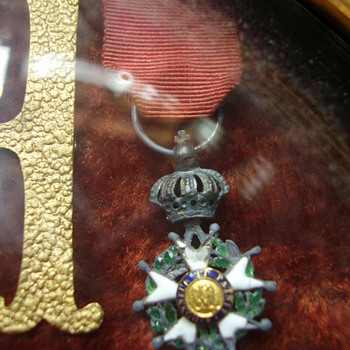 More Old intriguing French medals... - Military and Wartime