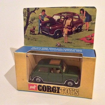 Corgi Toys Mini Magnifique