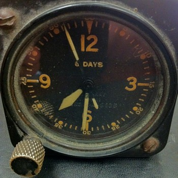 Army Air Corp airplane clock?