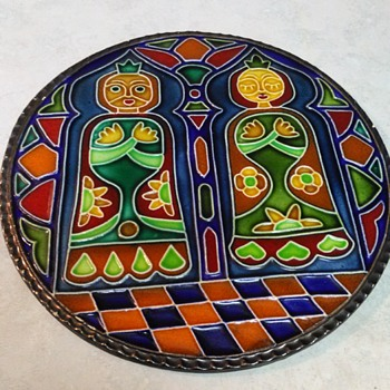 KING AND QUEEN TILE - Art Pottery
