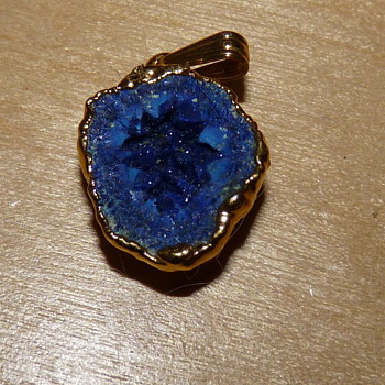 Mystery pendant blue with crystalline properties unmarked