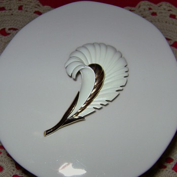Monet Feather Plume Enamel Brooch - Costume Jewelry