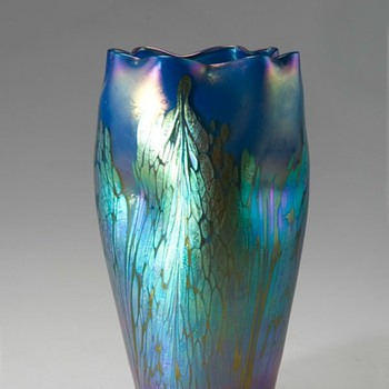 LOETZ  BLUE MEDICI  VASE - Art Glass