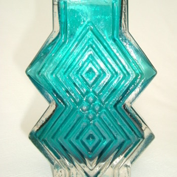 Whitefriars Double Diamond Vase - Art Glass