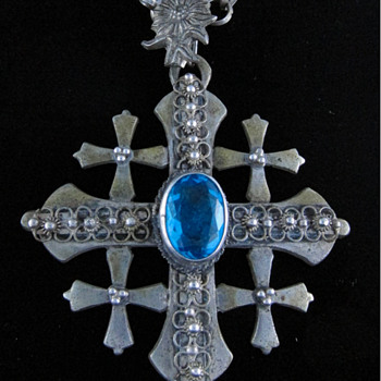 Jerusalem/Jordan Crusader Cross with Blue Stone - Fine Jewelry