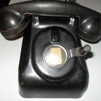 "western electric phone, non rotary, has a generator-type ""spinner"" - Telephones"