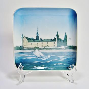 BING & GRONDAHL -DENMARK - Art Pottery