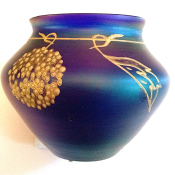 Art Glass Vase - Art Glass