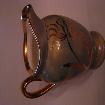 Green and Gold Cumbow Pitcher