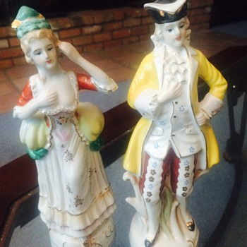 Enesco japan colonial couple figurines