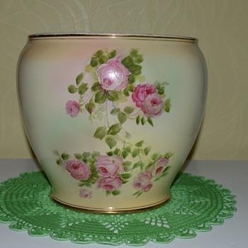 Big Barker & Kent jardiniere - Art Pottery