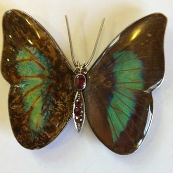 Butterfly wings brooch kyratisation, part#2.