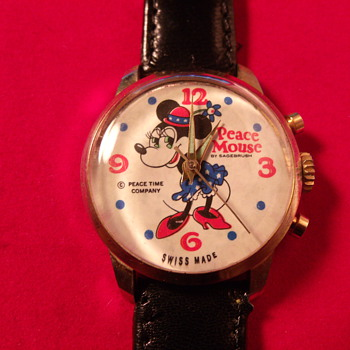 """Peace Mouse"" Minnie Mouse Chrono - Wristwatches"