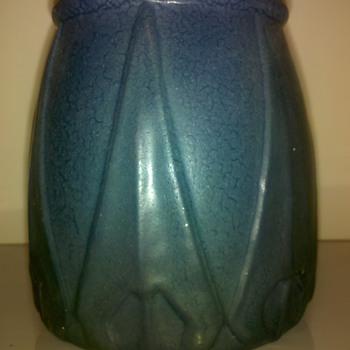 Van Briggle vase - Art Pottery