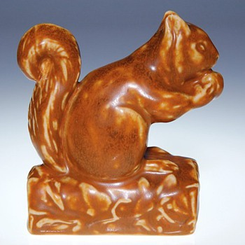 1925, Rookwood Squirrel paperweight, #6025  - Art Pottery