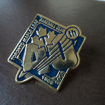 Pin - Toronto Maple Leafs (semi-pro baseball) - Baseball