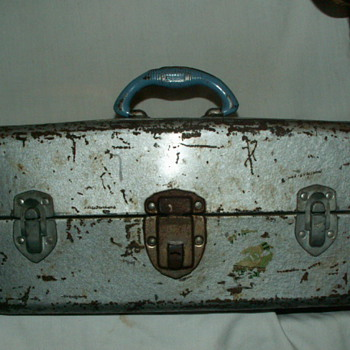 1950's Union Steel Watertite Tackle Box ~ Robins Egg Blue-Colored Handle - Fishing