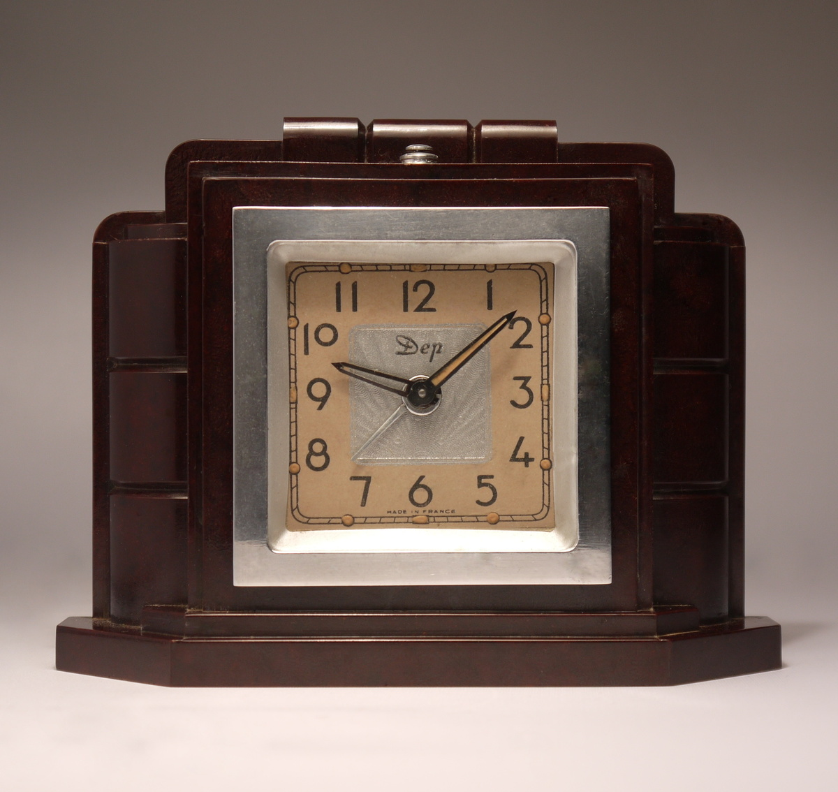 Dep streamline art deco alarm clock collectors weekly Art deco alarm clocks