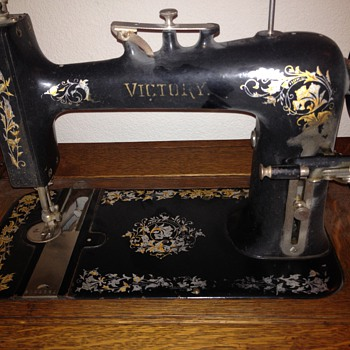 victory sewing machine - Sewing