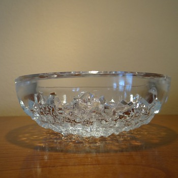 "A .VERLY'S FRANCE  CRYSTAL ""ICE BOWL"" C.1930S - Art Glass"