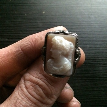 old antique queen victoria era silver cameo ring. - Costume Jewelry